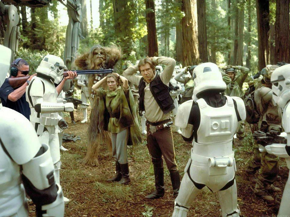 President Obama Skeet Shooting Photoshop Star Wars Return of the Jedi Han Solo Princess Leia Chewbacca Stormtroopers Ewoks Planet Endor White House shotgun rifle target