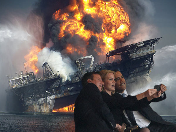 Obama self selfies President Barack Prime Minister David Cameron United Kingdom UK British Great Britain Helle Thorning-Schmidt Denmark Danish PM Nelson Mandela memorial service photoshop funeral Johannesburg South Africa African former Michelle First Lady wife self taking picture photograph pic themselves smiling snapping posing camera phone smartphone iphone narcissist narcissism death stadium world leaders media BP Deepwater Horizon Explosion oil rig destruction platform sink sinking fire blew up blow