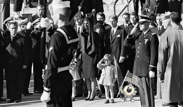 Spaghettios Pearl Harbor Tweet JFK President John F Kennedy Funeral Junior Jr salute service burial December 7, 2013 Twitter tweet Campbell Soup Company Campbell's offensive tasteless dubious bad taste poor public outcry people upset furious enraged outrage apologizes apology pulls brand Internet