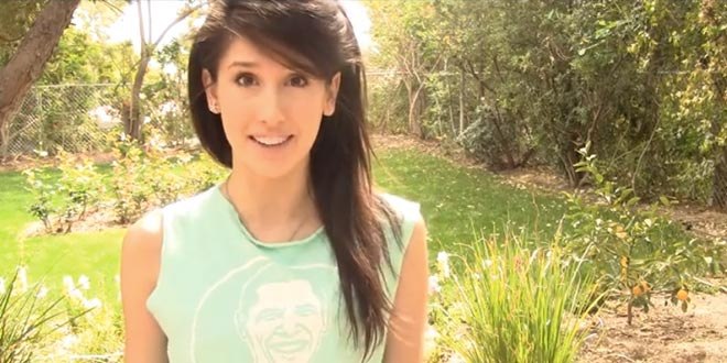 Former Obama Supporter Fangirl Voter Carey Wedler Recaps Recounts President's President Obama Crimes Burns T-Shirt Obama is my homeboy shirt Why I'm burning my last bridge with Obama Torching my support for the war criminal-in-chief CareyinRogue @CareyinRogue inrogue.co unhappy displeased Hollywood Dolls book waiter waiting celebrity celebrities fame fortune actors actresses people studios movies film entertainment industry disillusioned angry