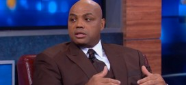 Charles Barkley interview 97.5 FM radio station blasts Ferguson Looters calls them scumbags Michael Brown Ferguson, Missouri St. Louis African-American black people white race relations racial stereotypes former NBA all-star grand jury decision not to indict police officer Darren Wilson death Michael Brown